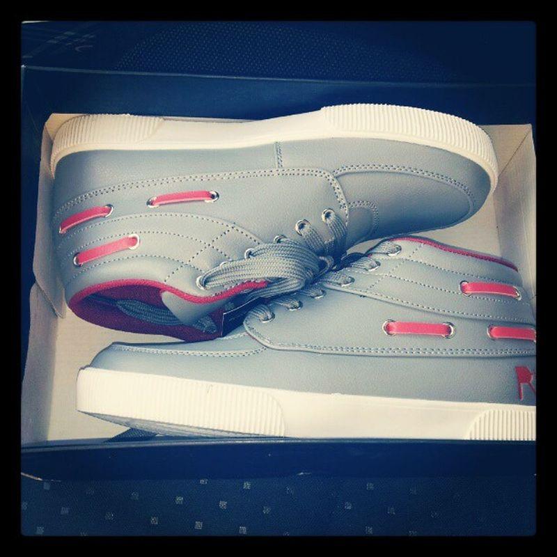 Rocawear GreyAndRed MuchoPunchline Shoes