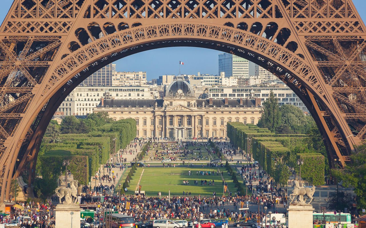 Beautiful stock photos of eiffel tower, Arched, Architecture, Built Structure, Cropped