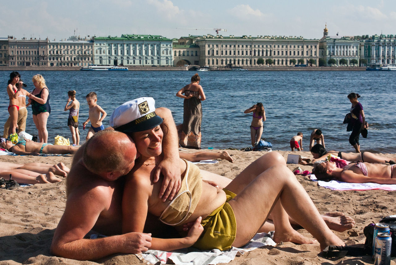 summer Fun beach beachphotography streetphotography Russia Saint Petersburg observecollective candid
