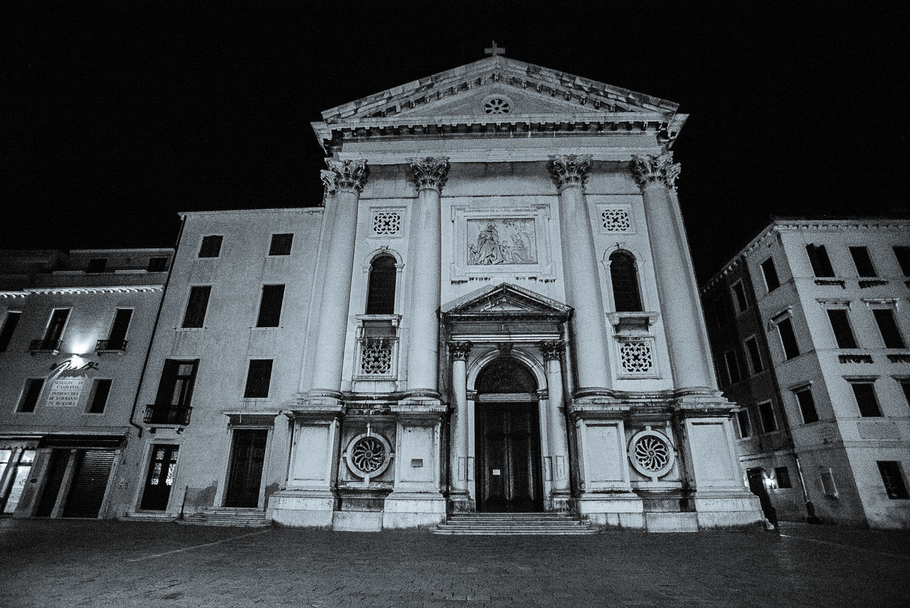 architecture, built structure, building exterior, religion, spirituality, night, place of worship, no people, facade, outdoors, sky