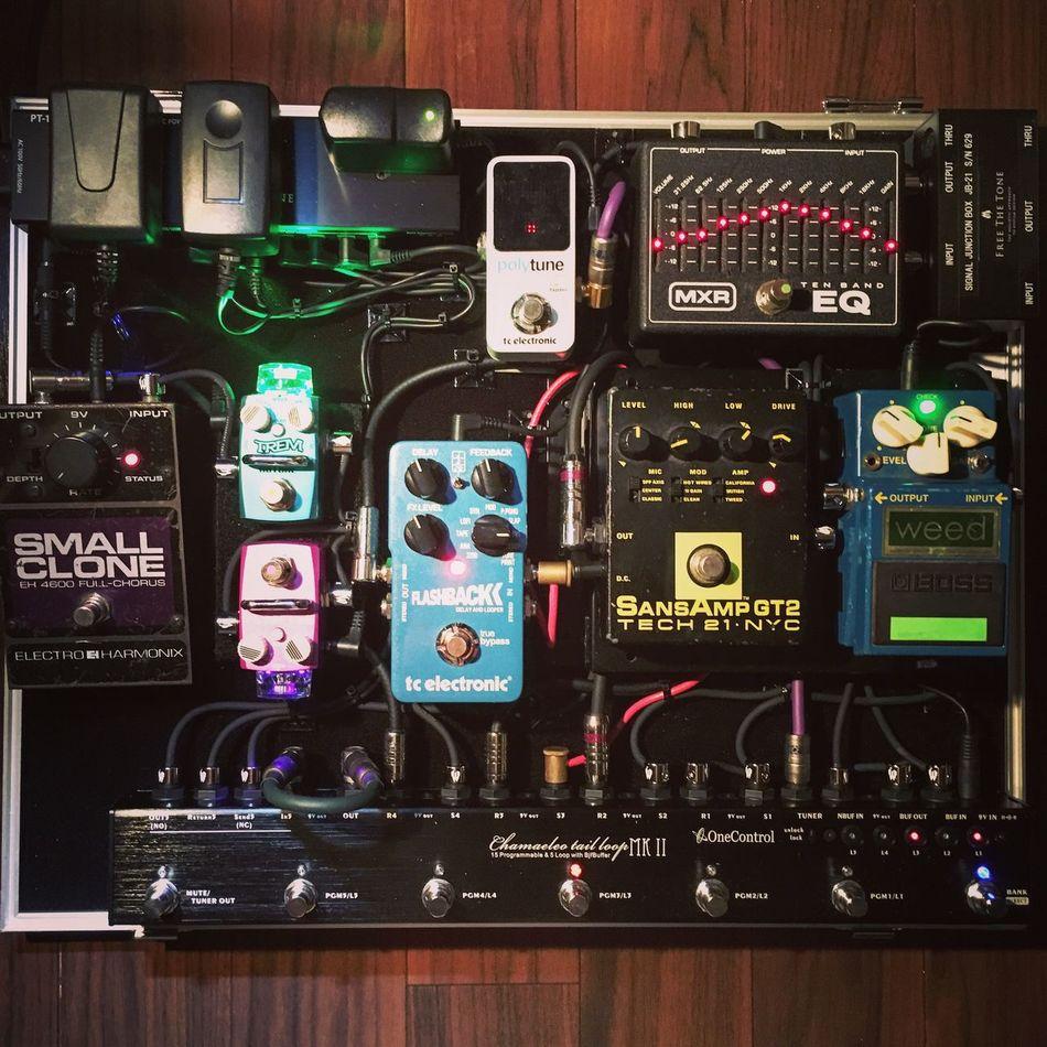 my system EFFECTOR Board Music Electroharmonix FreeTheTone Hotone MXR Onecontrol Pulse Sansamp Tcelectronic Weed
