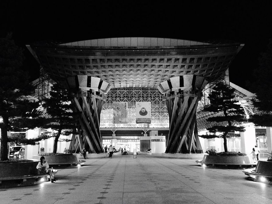 金沢駅 駅 金沢 Kanazawa Kanazawa Station Kanazawa,japan White&Black Black And White Black & White Blackandwhite Black&white Blackandwhite Photography Black And White Photography Blackandwhitephotography Black And White Collection  Architecture Architecture_collection