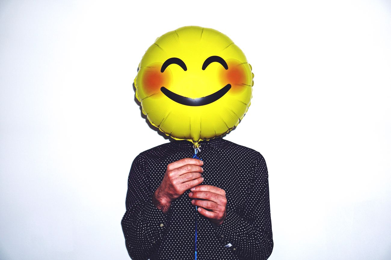 If you had a really bad day and your girlfriend gave you a balloon to make you smile. Check ✅ The Portraitist - 2017 EyeEm Awards Happiness Smile Adult Close-up One Man Only Real People Yellow White Background Human Body Part Balloon Human Hand Men Portrait Portrait Photography Faces Of EyeEm One Person Real Photography Lifestyles Studio Shot Holding Happy People Happy Fun