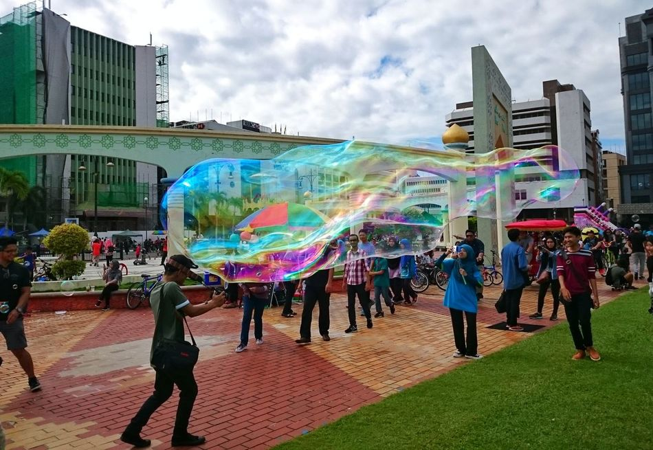 Brunei Familysunday  Brunei Darussalam Sony Xperia Z2 Bubbles Mobilephotography Sonyxperiaz2