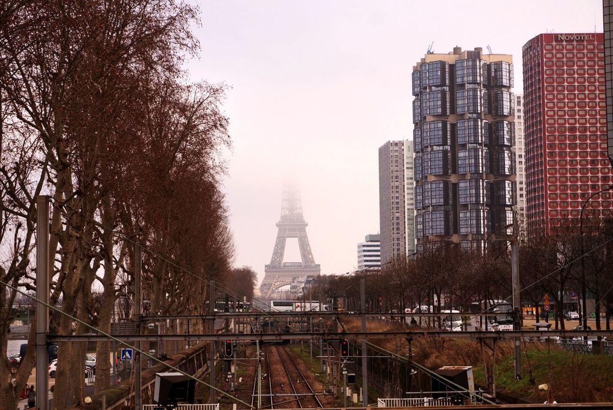 Eiffel Tower Urbanexploration Traveling Cityscape