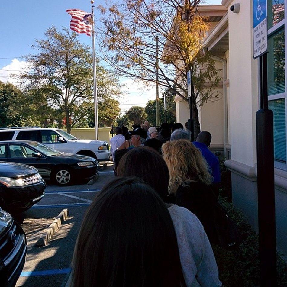 Line all the way out the door bih smh SocialSecurity