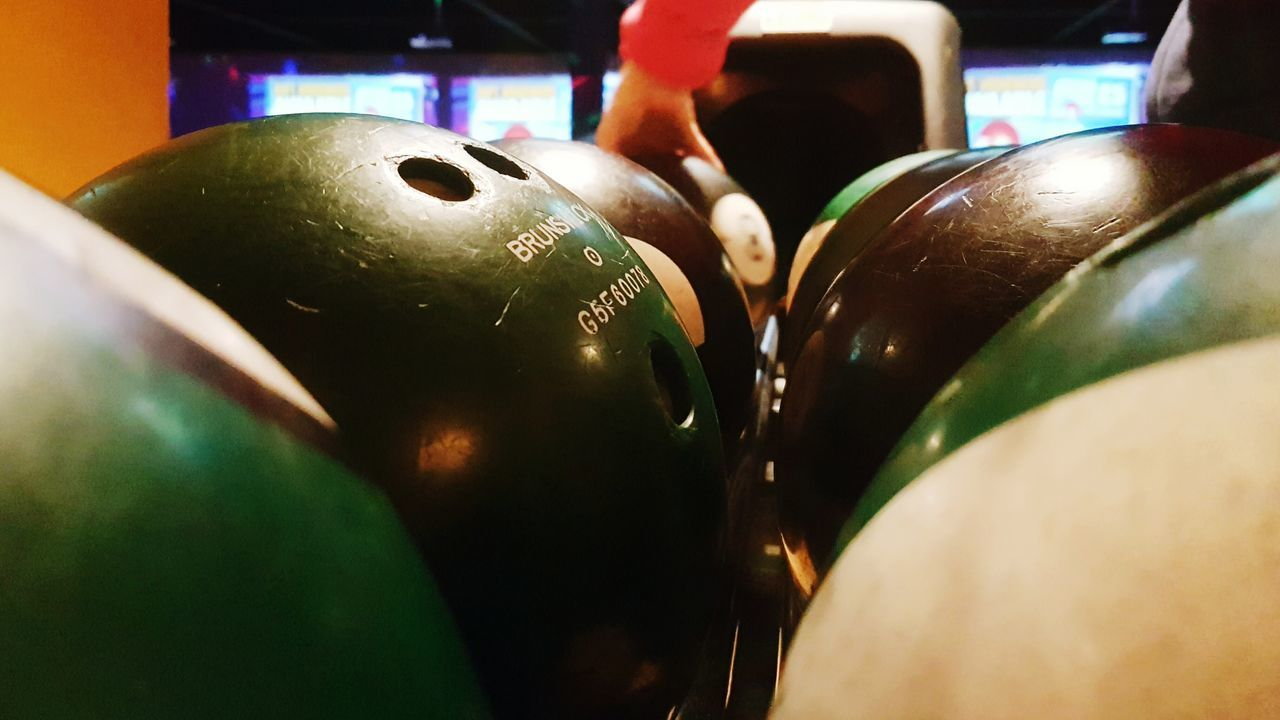 Ten pin king One Person Close-up Indoors  Sport Human Body Part Human Hand Day Bowling Bowling Alley Bowlingball Bowling Balls Ten Pin Bowling Bowlingalley Bowlingballs Bowling Bowling! Leisure Activity Recreation  Recreational Pursuit Recreational