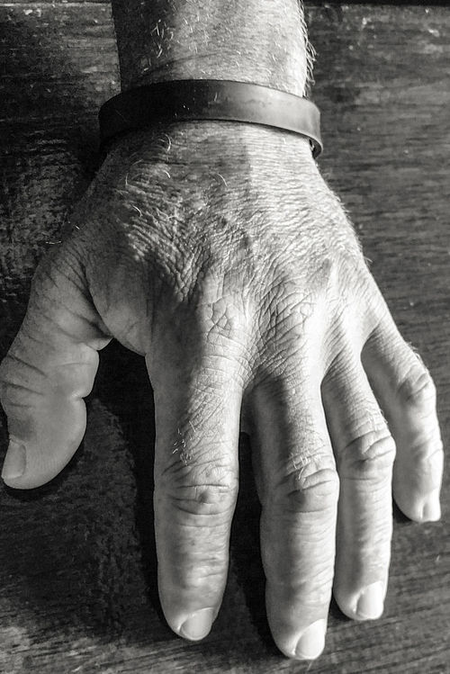 Hands Black & White Vega Baja, Puerto Rico Taking Photos Light And Shadows Close-up Puerto Rico Human Body Part Hand Human Hand Nature Photography Nature Taking Pictures
