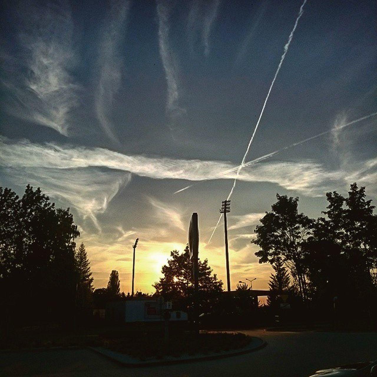 Sky Clouds Sun Sunset Air Streak Niebo Słońce Chmury Zachod Smugi Polkowice