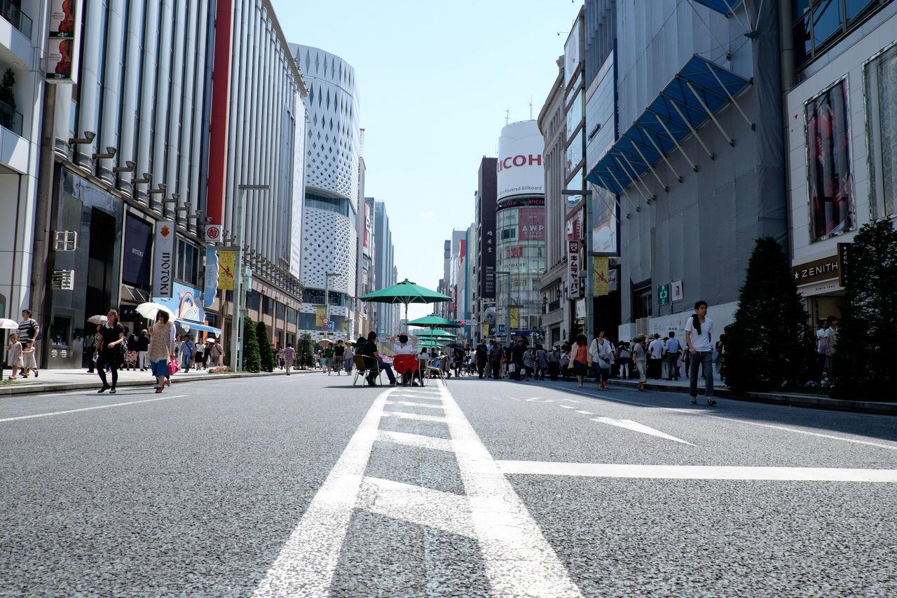 銀座 Ginza Day Fujifilm Fujifilm X-E2 Fujifilm_xseries Ginza Ginza Tokyo Japan Japan Street Streetphotography Tokyo 日本 東京 銀座