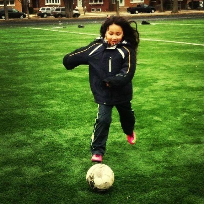 Soccer Day IM SUCH A SOCCER..... FAN!!!
