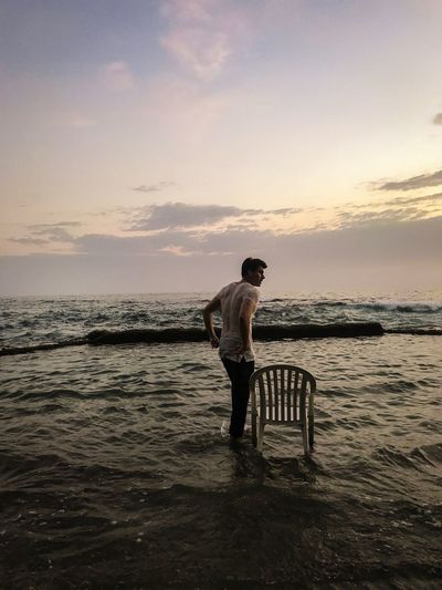 Man Silhouette Water Beach California Beaches Sunsets Lookingout Chairs Pools  Clothes Clothes In Water Summer Jeans