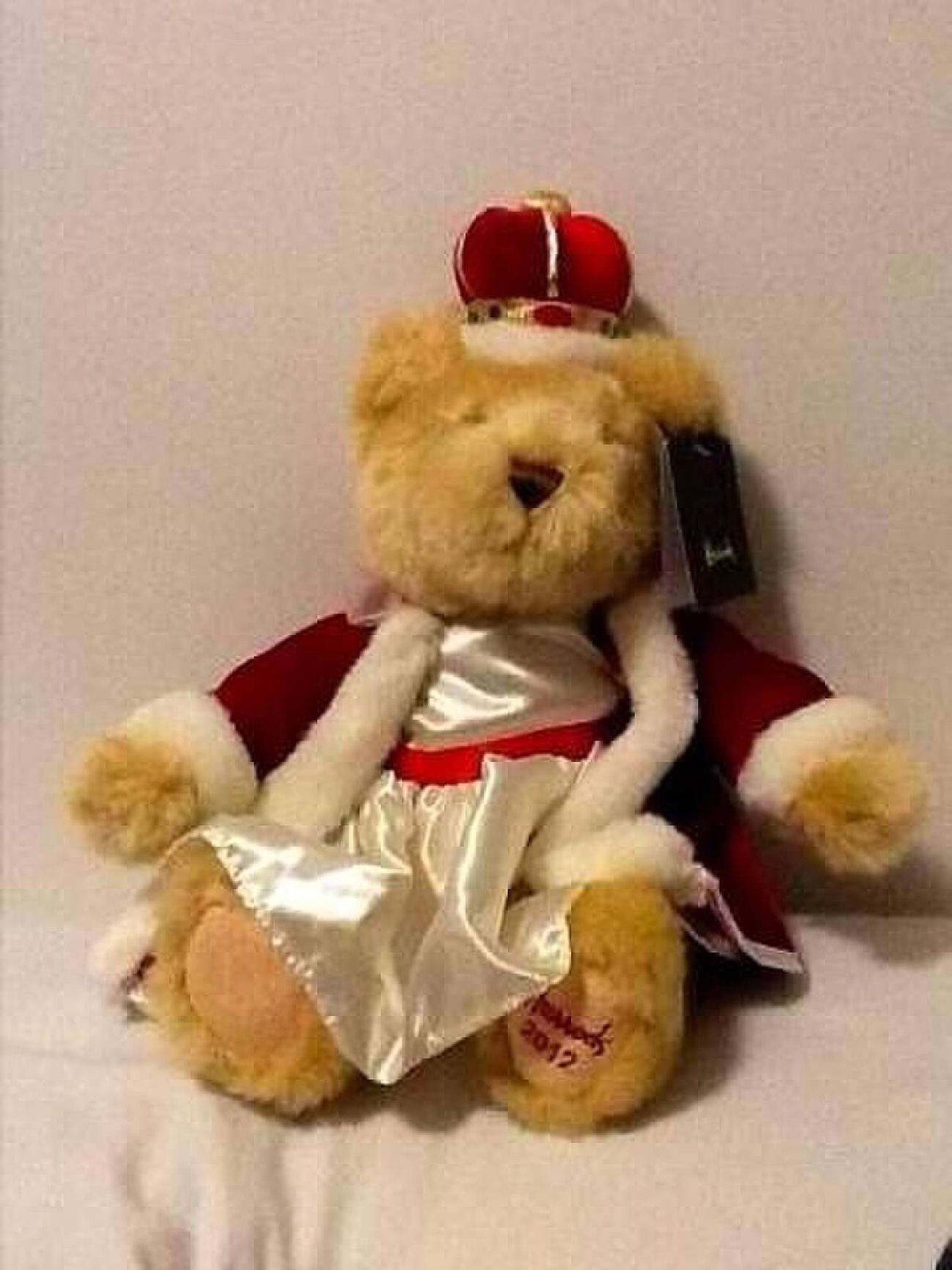 Queen of England's Jubilee bear Queen's Jubilee
