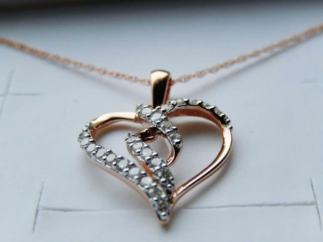 Roses are Gold, Diamonds are clear, will you Be Mine Forever my dear? Rose Gold Heart Jewelry Close-up Pendant Necklace Beautiful Love