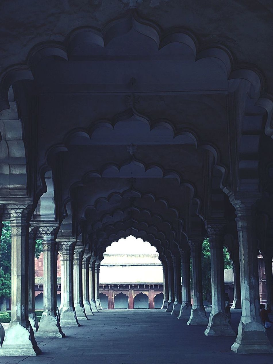 Pillars Perspective Inside Straight Towards Infinity Long Castle Minars Whites Marble Stone Work