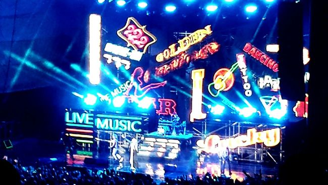 Music Awesome Performance Shadows & Lights Color Splash Night View Tesla!