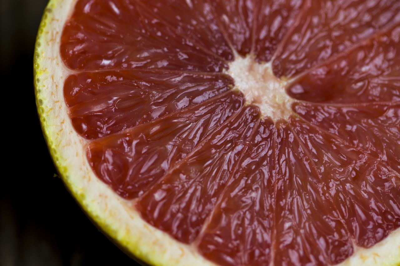 Close-up Food Food And Drink Fruit Grapefruit Halved Healthy Eating Juicy