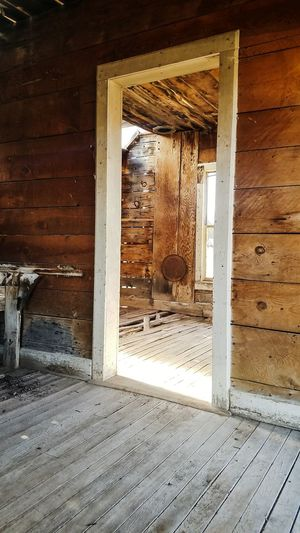 inside the old cowboy cabin Door House Doorway Architecture Indoors  No People Built Structure Home Interior Day Building Exterior Open Door Close-up EyeEmNewHere EyeEm Ready