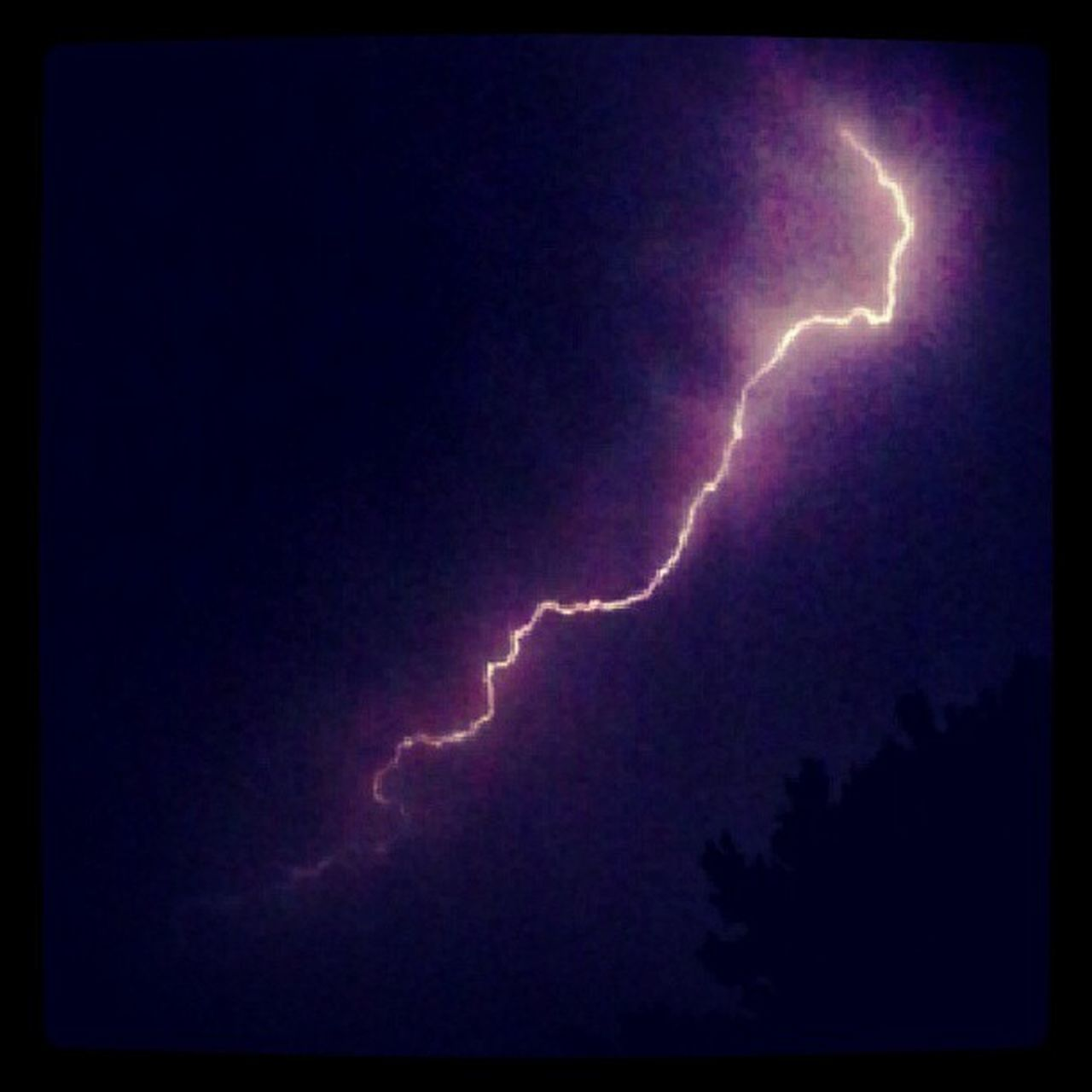 lightning, power in nature, storm, thunderstorm, forked lightning, weather, danger, dramatic sky, night, storm cloud, nature, beauty in nature, environment, vitality, electricity, outdoors, scenics, no people, illuminated, sky