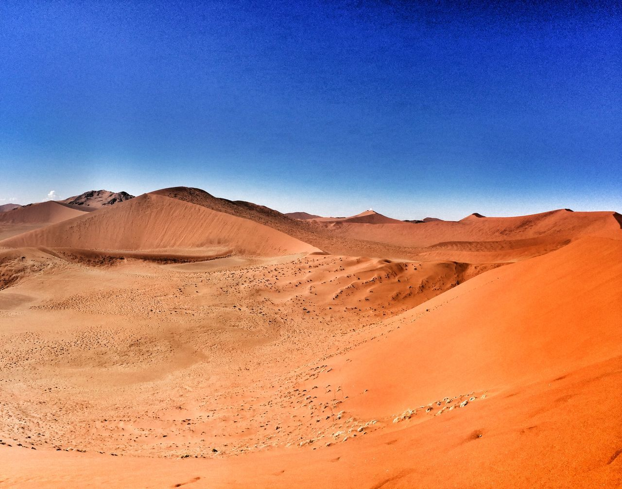 Great Views Sossusvlei Blue Sky Nambwzanam15 dune45