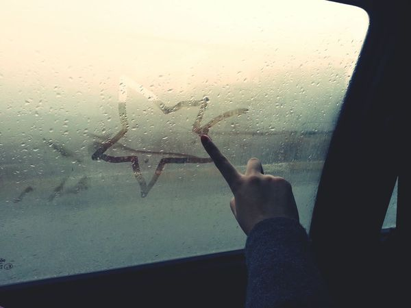 The Traveler - 2015 EyeEm Awards Getting Creative The Street Photographer - 2015 EyeEm Awards The Adventure Handbook Creative Light And Shadow Live To Learn Deceptively Simple Hands At Work Drawing On Glass Window Steamy Windows Glass Glass - Material My Hobby Childhood Carefree Hand Drawing Hands Simplicity Things I Like Pastel Power Star Shape Star The Mix Up In The Car