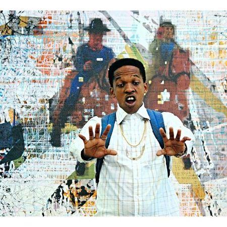 My nigga Siz kicking it on campus. Portrait Art Painting Graffiti photography gold chains backpack campus chilling UKZN PMB