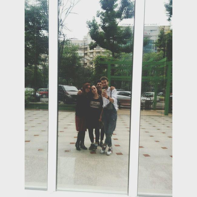 oamenii care au adus Ploaia în Bucureşti.
