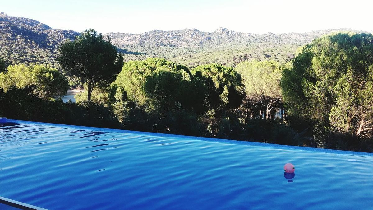 Vacations Tranquility Non-urban Scene Mountain Adventure Pool Water Pool View Chlids Play