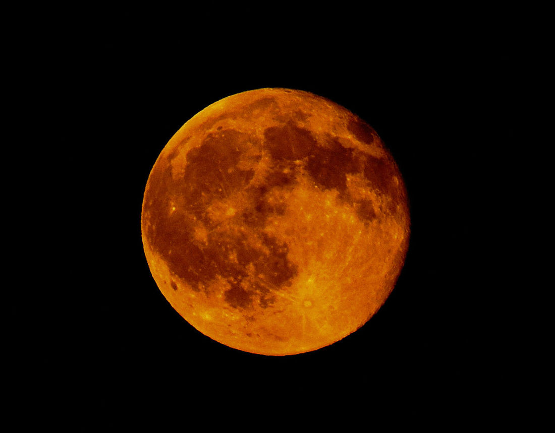 Astronomy Beauty In Nature Black Background Dark Full Moon Majestic Moon Moon Surface Night Orange Color Planetary Moon Red Moon Red Moon Night Red Moon Rising Sky Space Exploration Sphere Tranquil Scene Colour Of Life My Year My View
