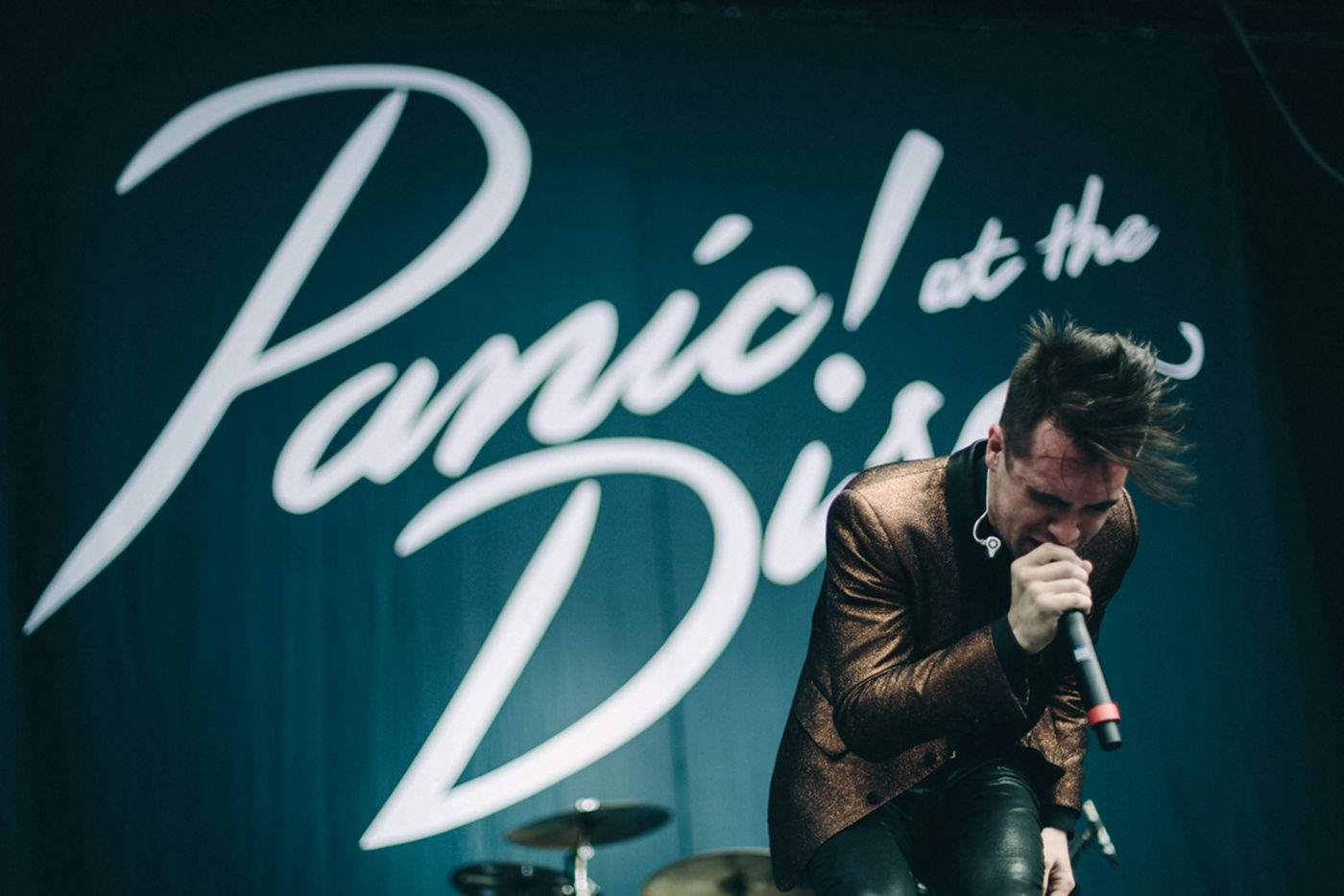in love with Brendon Urie ♡ Panic! At The Disco Cool Panic! <3 Alive
