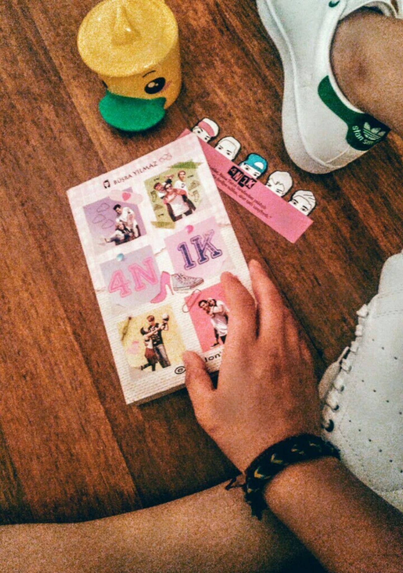 Book Book Collections Mobilephotography Interesting Book Funny Book 4n1k Mizah Love Pink Ahşap Ayakkabı First Eyeem Photo Likesforlikes Turkey Ankara Takin Photos Perfect Book Büşra Yılmaz Pink