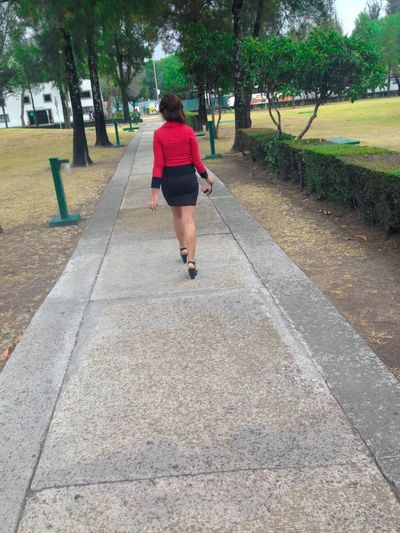 Instagram: Shes.franc Day Walking Rear View Women Only Women Adult Real People Young Adult One Woman Only One Person People One Young Woman Only Sky Girl Power Sexygirl Paisaje Full Length Outdoors Leisure Activity Tree Lifestyles Childhood Red FirstEyeEmPic eyeem photo