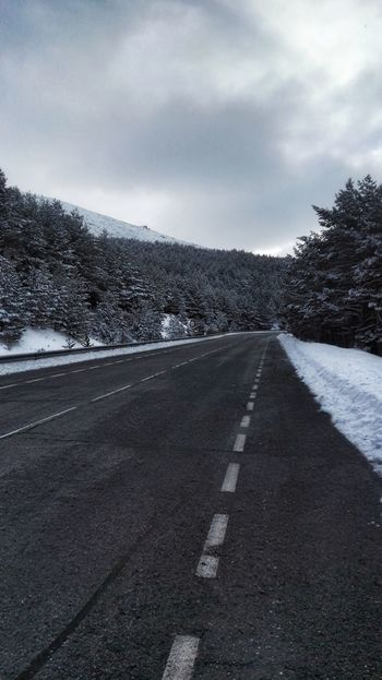 Snow Cold Temperature Road Winter Outdoors Cloud - Sky No People Nature Asphalt Beauty In Nature Landscape