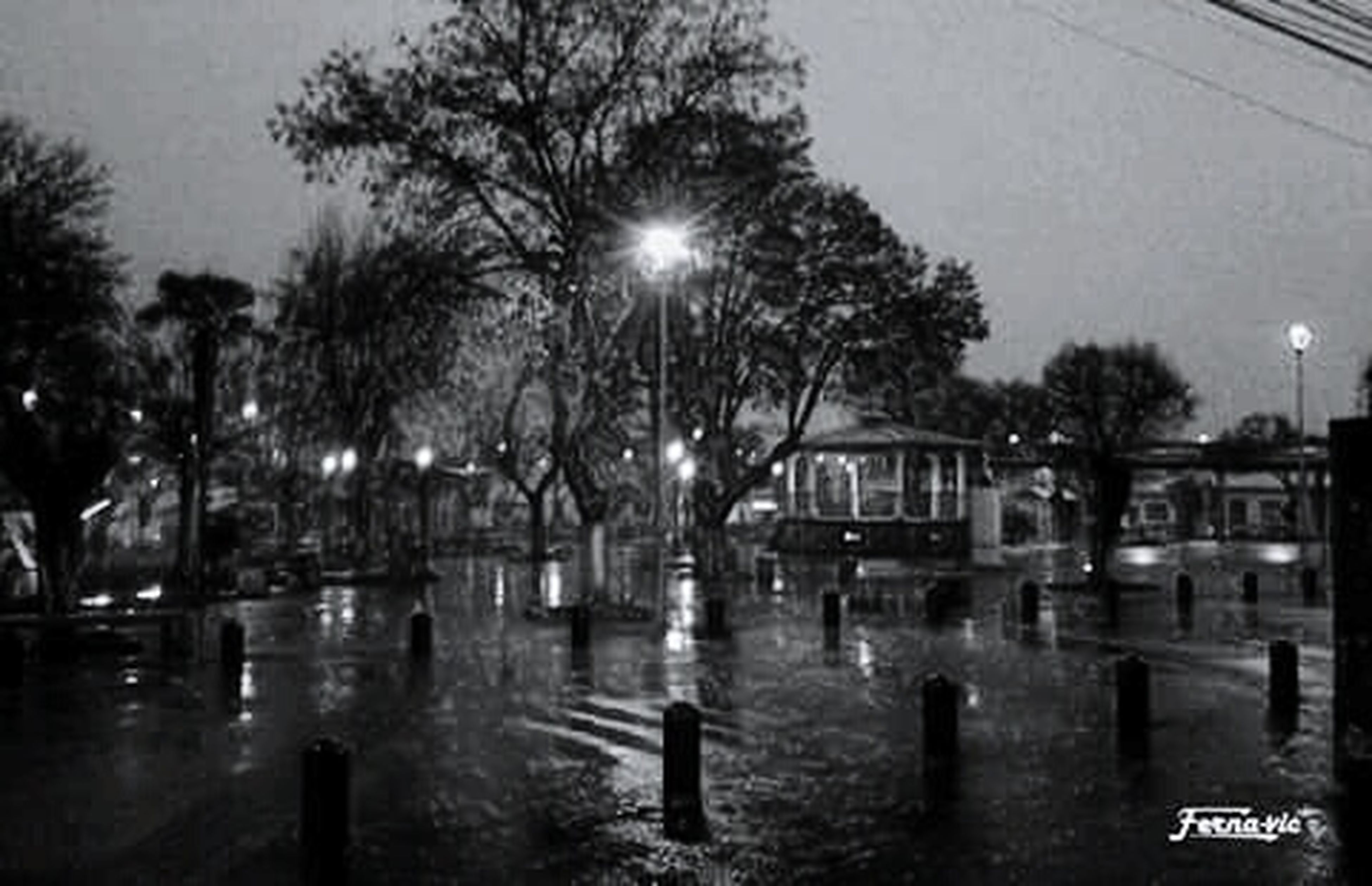 Noche de Lluvia (foto sacada por mi papa) -San Rosendo- /Chile/ ☺👍👌 Maka Sanrokee Love