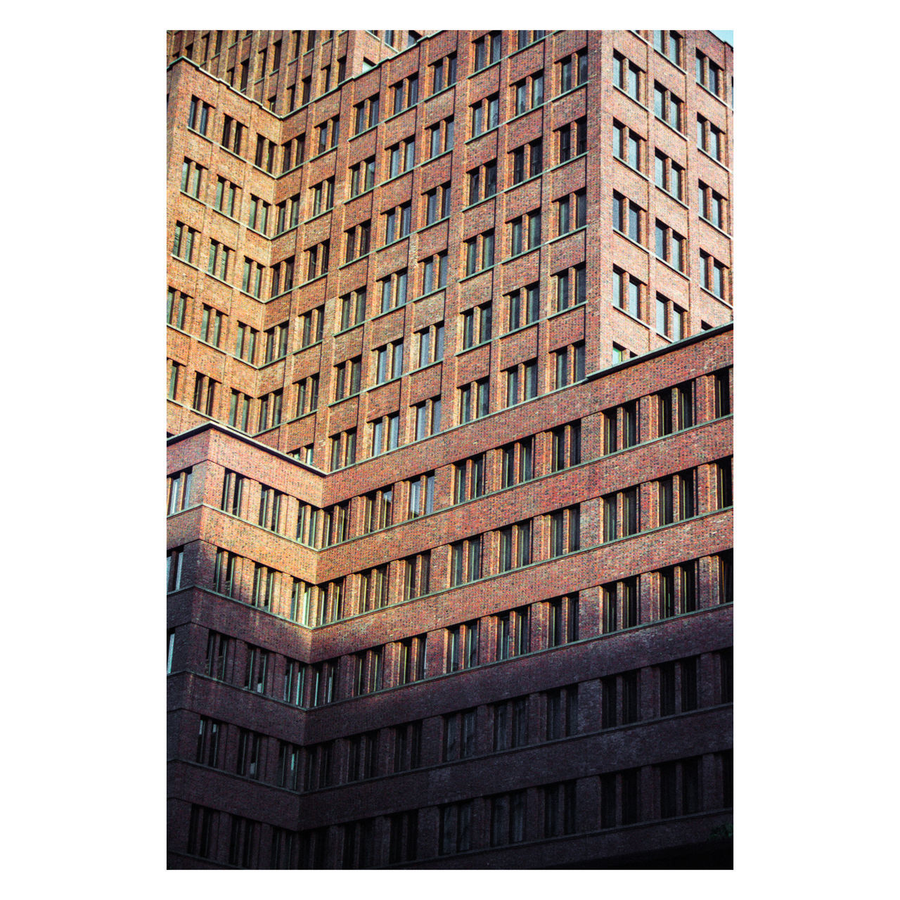 I don't like this part of Berlin. A place where people just go to work and that's it. Nothing important. Except it's the best place for movies in OV and for bit of architecture photography. Potsdamer Platz, Berlin | Canon EOS 3, Kodak Portra 160 | somewhere around 2015 35mm 35mm Camera 35mm Film 35mmfilm 35mmfilmphotography Architecture Building Exterior Canon Eos 3 City Corporate Business Day Ishootfilm Ishootfilmsendmoney Kodak Kodak Portra Kodak Portra 160