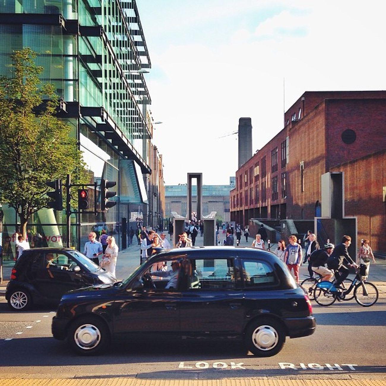 Streets of #London ???☀️????#look_right #alan_in_london #gf_uk #gang_family #igers_london #insta_london #london_only #thisislondon #from_city #ic_cities_london #ig_england #love_london #gi_uk #ig_london #londonpop #allshots_ #aauk #mashpics #pro_shooter Love_london Ic_cities_london Ig_london Aauk London Capture_today Gang_family Loveyoursummer Londonpop Mashpics Allshots_ Top_masters London_only From_city Gf_uk Pro_shooters Alan_in_london Insta_london Thisislondon Look_right Gi_uk Igers_london Ig_england