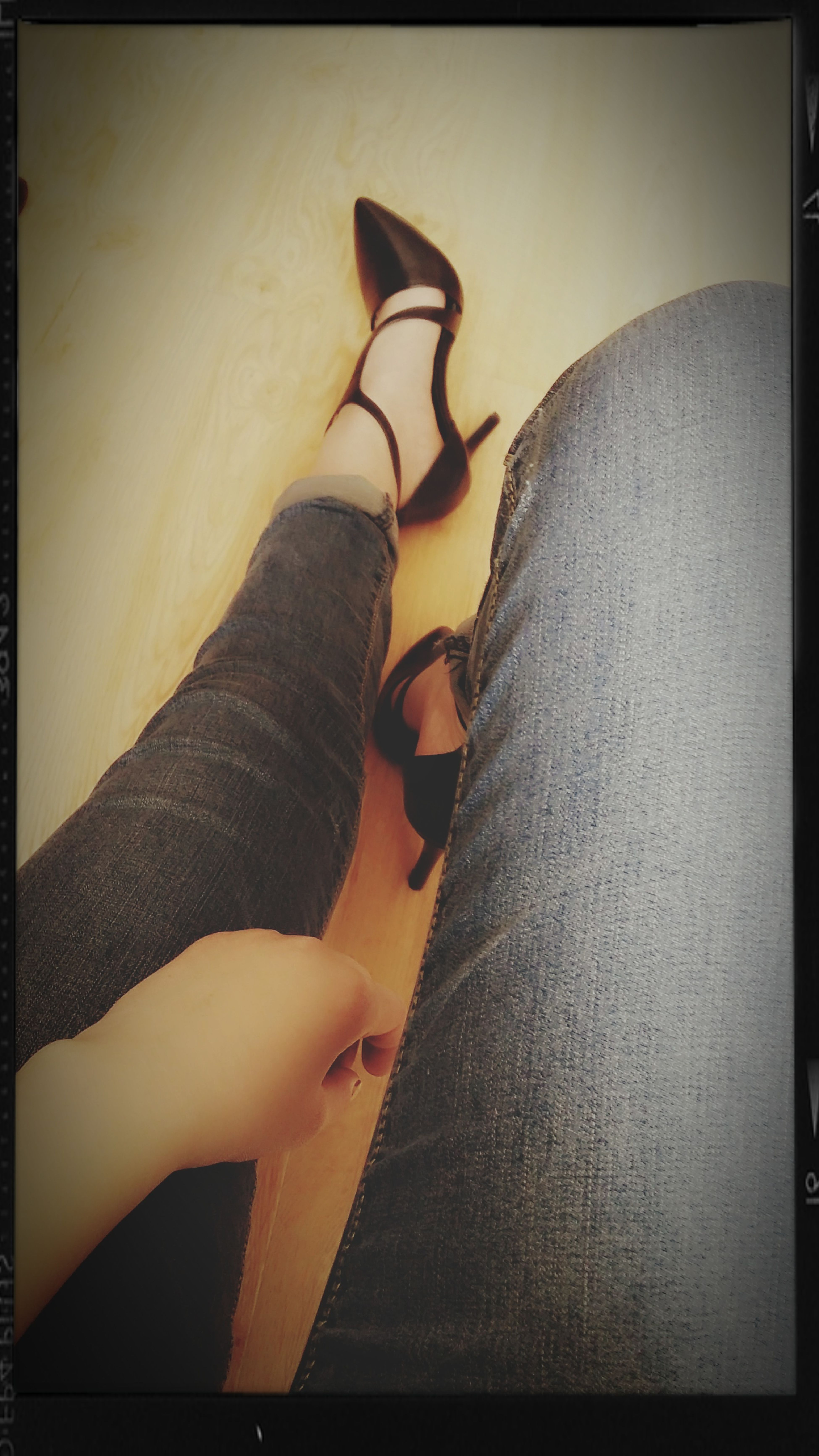 如果明天我成了断脚的人,那都是因为/ 它、 First Eyeem Photo