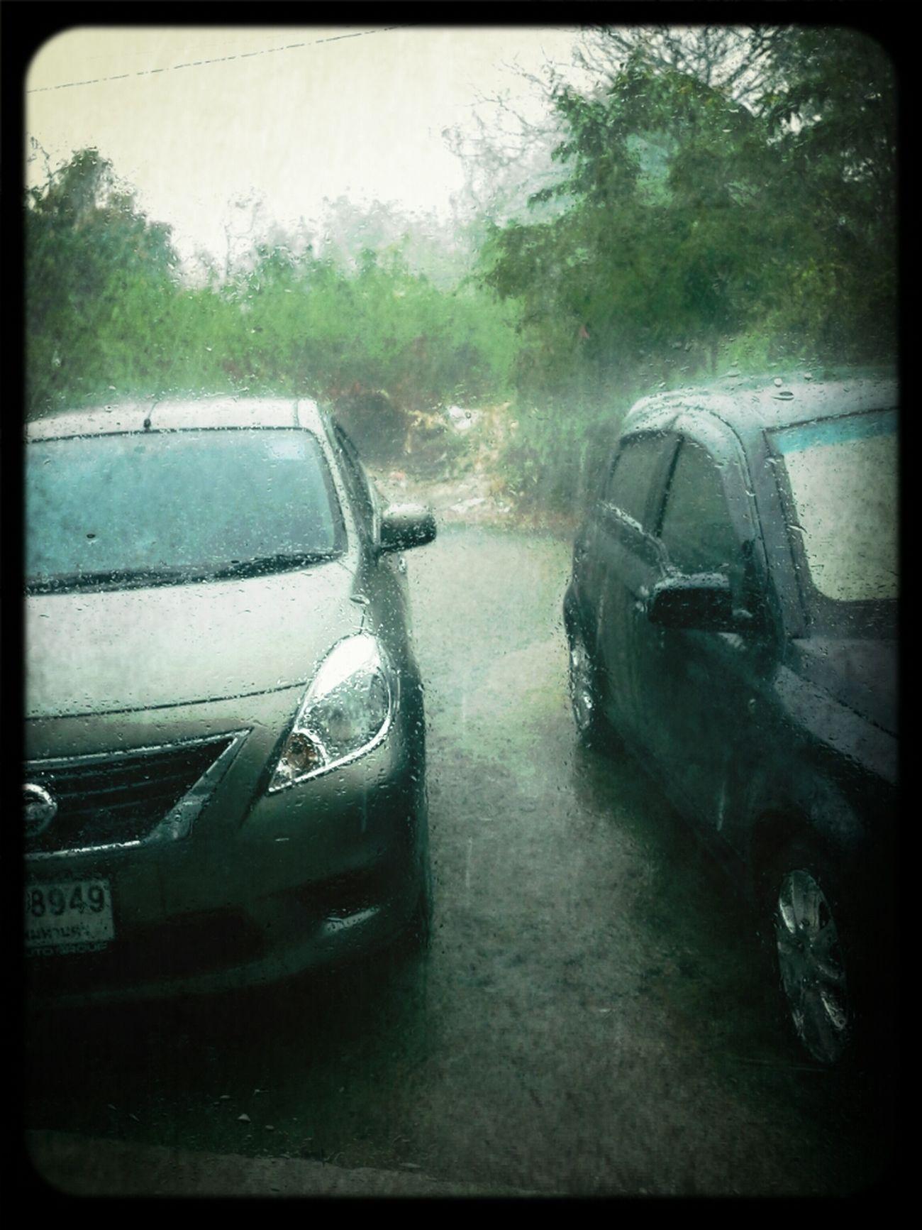 ฝนหลงฤดู..น้ำท่วมเลย
