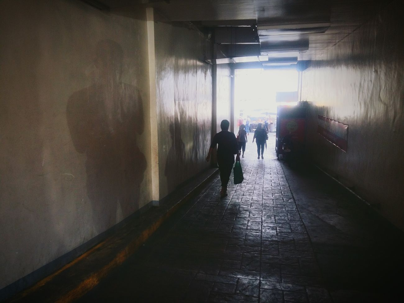 Its Me! Shadows On The Wall Alley Scene Guadalupe Philippines Makati Daily Life Everydaystruggles