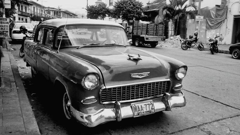 Traveling Cars Vintage Cars Vintage Blackandwhite Town