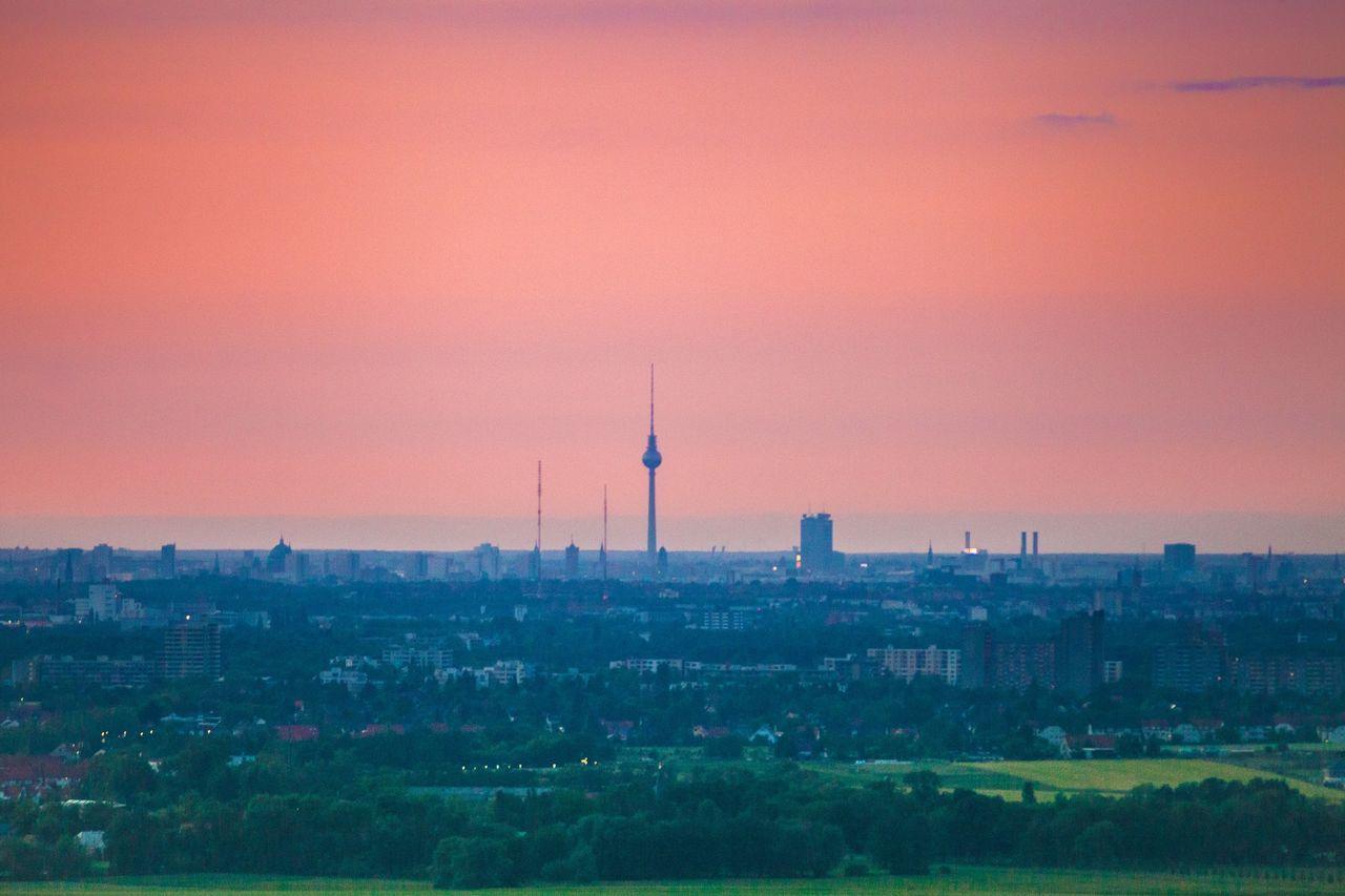 Berlin Fernsehturm Fernsehturm Berlin  TV Tower Aircraft Flugzeug Sunset Sonnenuntergang I Love My City Seeing The Sights