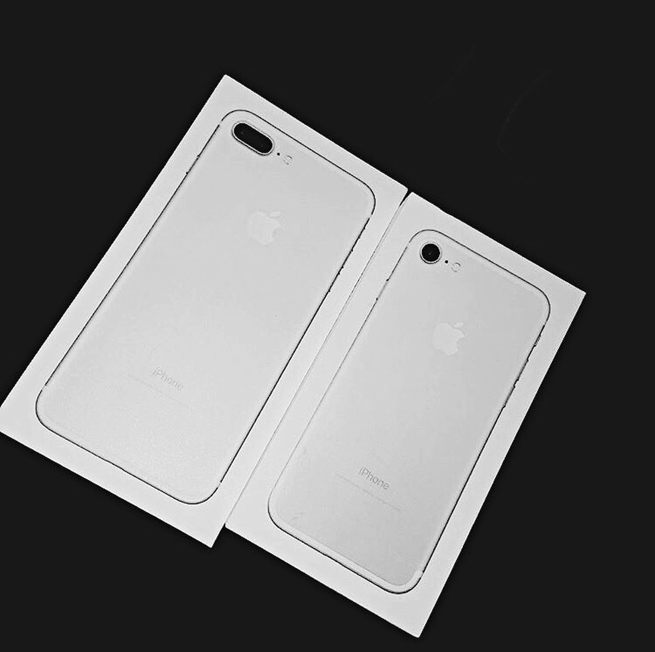 iPhones 📱 7 & 7 plus Technology Communication Wireless Technology Computer Portable Information Device Digital Tablet Studio Shot Smart Phone Connection Internet Touch Screen Portability No People Black Background Close-up Indoors  Working