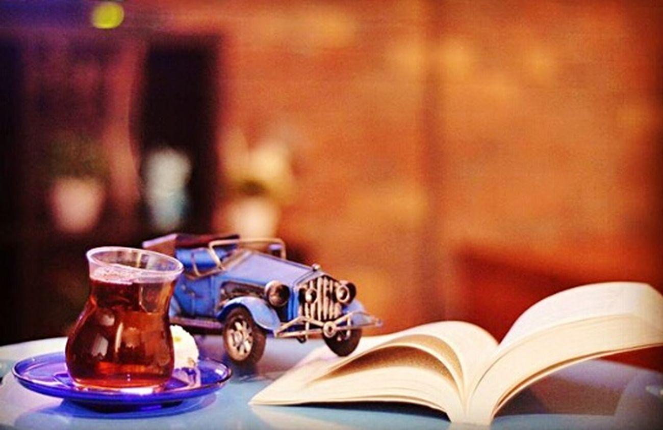 Indoors  No People Table Book Drinking Glass Close-up Day Booklover Bookstagram Kitap Kitapkokusu Kitaplariyikivar Kitapkurdu EyeEm Gallery Kadraj_arkasi Kadrajımdanyansıyanlar Turkeyphotooftheday Kadrajturkiye Photograph Photo Of The Day The Portraitist - 2017 EyeEm Awards EyeEmNewHere