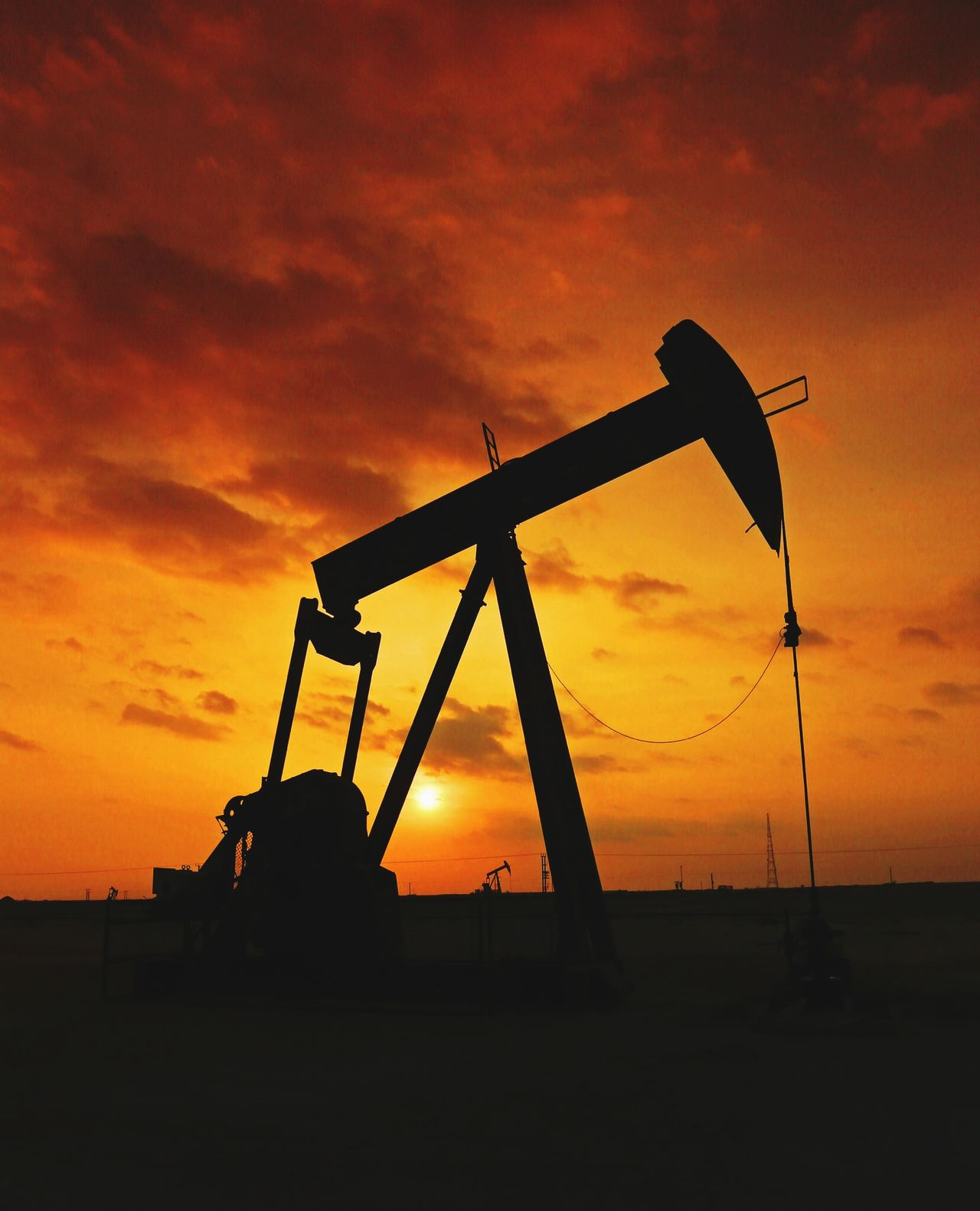 Beautiful stock photos of oil, Atmospheric Mood, Back Lit, Cloud - Sky, Crude Oil