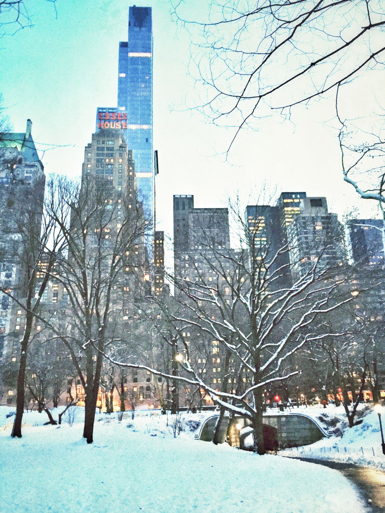 Back in The center of The world Walking Around NYC Enjoying Life Hanging Out Quality Time Check This Out