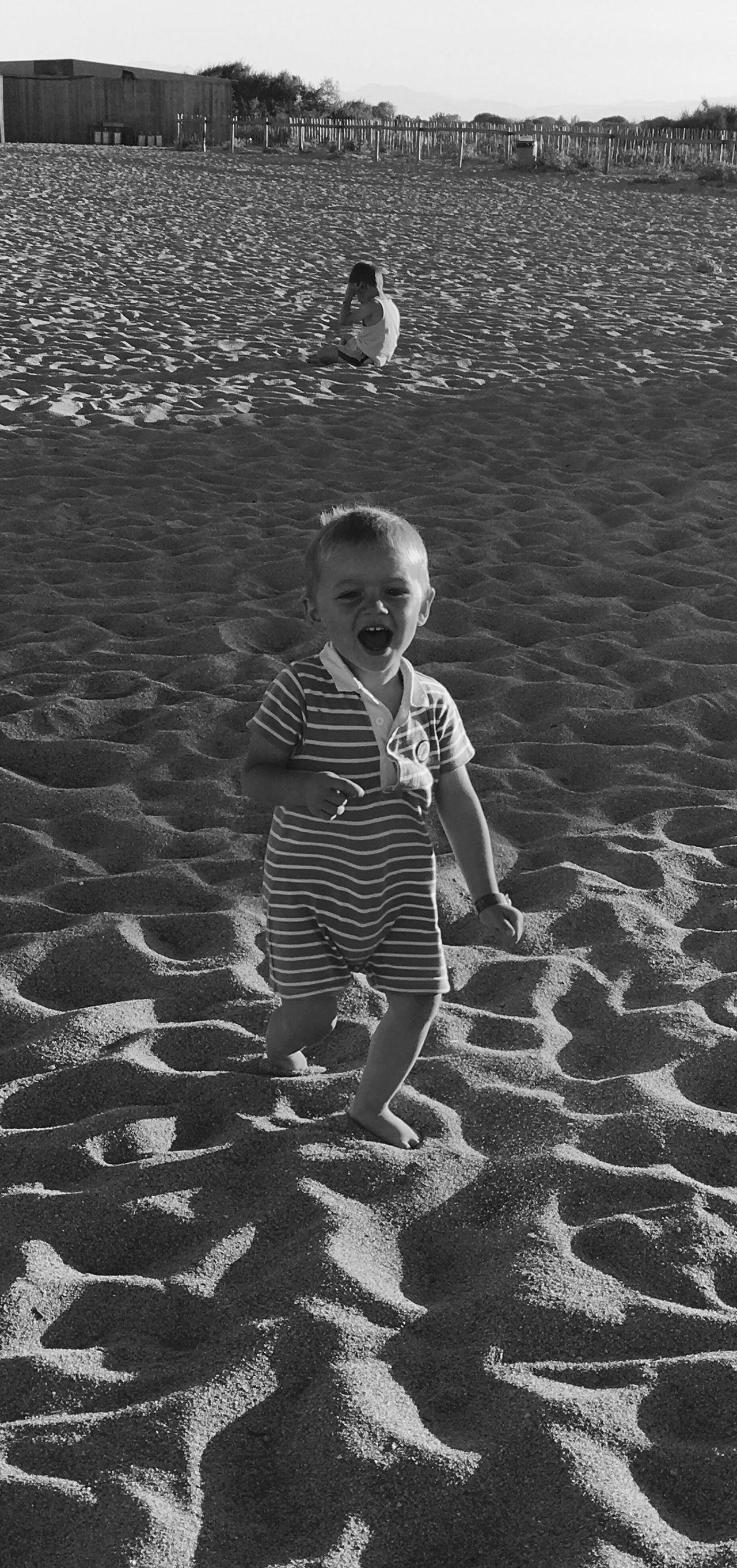 Children play beach Children First Eyeem Photo Beach Chiffrent Play