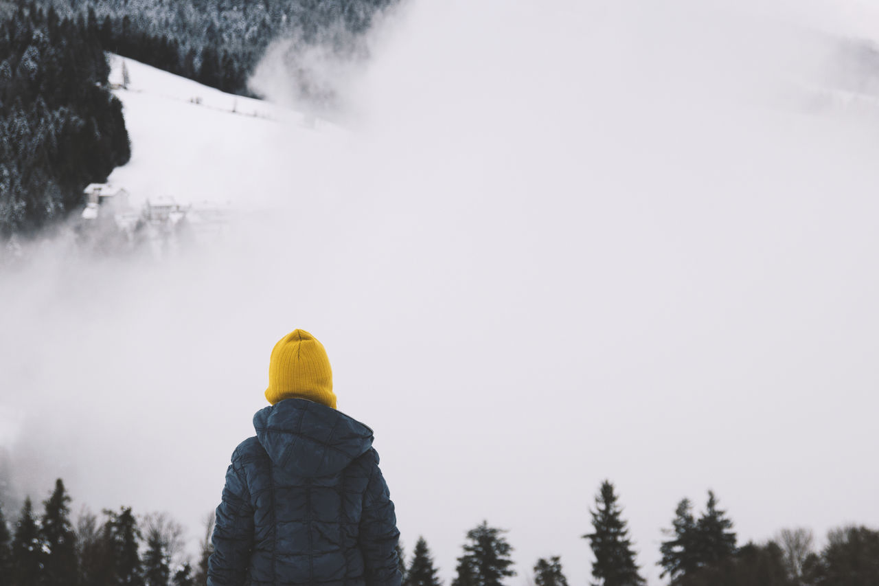 Austria EyeEm Nature Lover Eyeemphoto Foggy Foggy Day Foggy Landscape Foggy Weather Forest Landscape_Collection One Person Outdoors Snow Winter Winter Trees Winter Wonderland Winter_collection Yellow