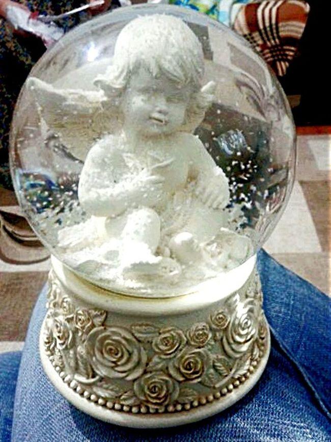 Snow ❄ Angel Fanus artik benim de bir kar kurem var Kar Küresi