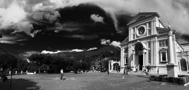 Hanging Out Black And White Collection  Eye4photography  Black And White Photography EyeEm Best Shots IPhoneography Blackandwhite Black And White Taking Photos Landscape Panorama Architecture Architecture_collection Clouds And Sky Sky Building Exterior Spirituality Urban Urban Geometry Urbanphotography Urban Landscape Italy Italia