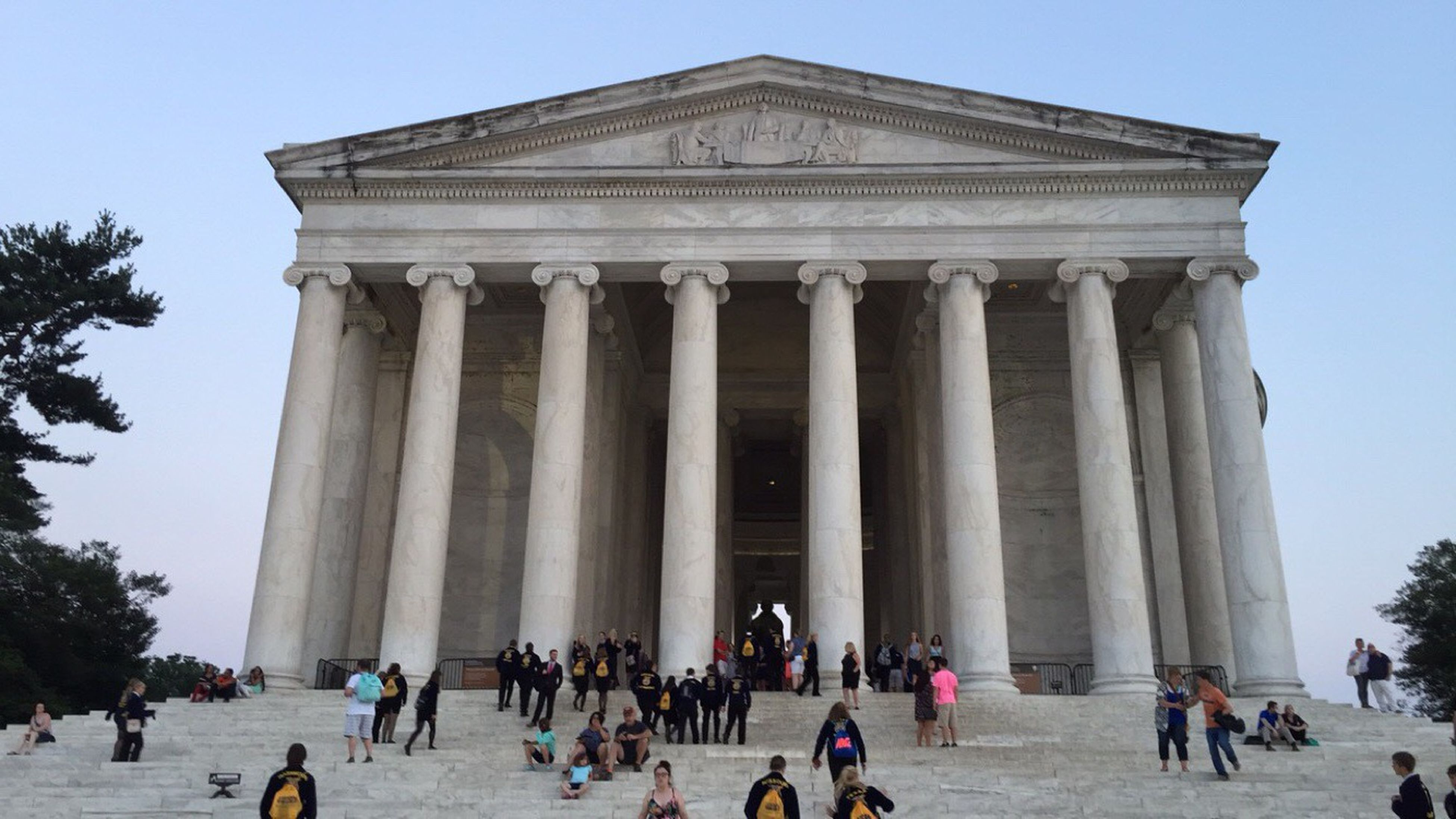 architecture, tourism, large group of people, travel destinations, architectural column, travel, real people, history, built structure, tourist, lifestyles, the past, city, monument, outdoors, women, day, pediment, people, adult